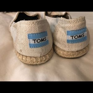 Tom's peep-toe espadrille style shoes
